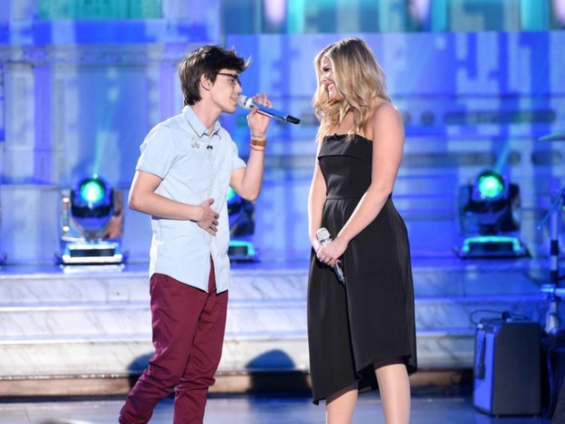 It certainly was Thirsty Thursday when MacKenzie Bourg and Lauren Alaina got together to duet.